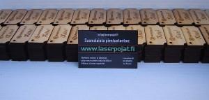 puinen pakettikortti laserpojat.fi