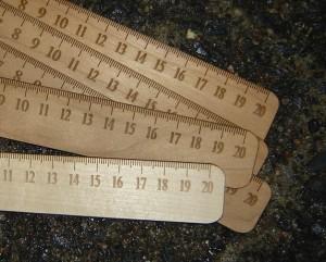 puinen viivoitin 2