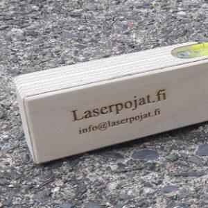 cropped-puinen-liikelahja-vatupassi-suomalaisia-puutuotteita-laserpojat.fi_-1.jpg